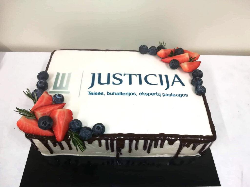 """Pernai 15 metų jubiliejų atšventusi UAB """"Justicija"""" į naujus metus žengia su pasikeitusiu veidu ir naujomis veiklos kryptimis"""