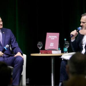 Kas yra kas žinyno renginyje prezidentas Gitanas Nausėda_moderatorius Ridas Jasiulionis.jpg